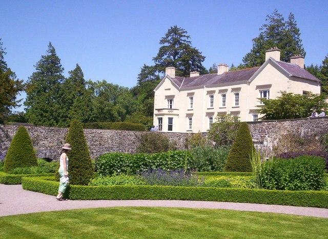 Aberglasney_House_Carmarthenshire_-_geograph.org.uk_-_1502531