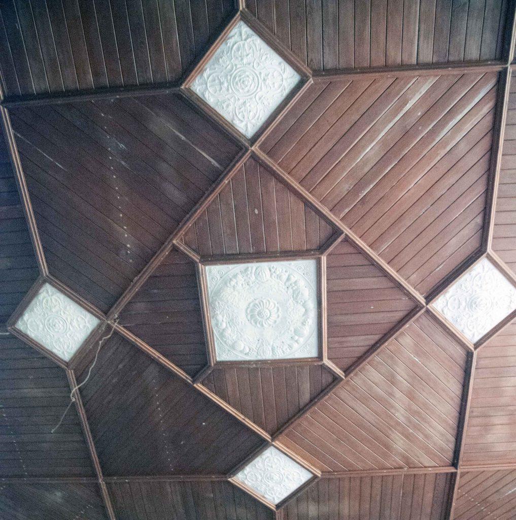 Decorated-roof-Libanus-Chapel
